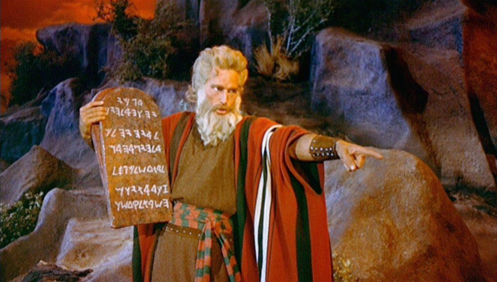 Should Christians Follow The Mosaic Law?